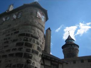Burgtürme über Nürnberg