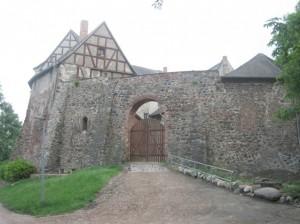 Burg Rosslau: Standesgemäßer Eingang