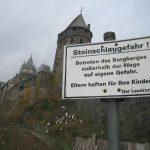 Die berstenden Mauern von Burg Altena