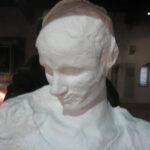 Die Totenmaske der Staufer-Stammmutter