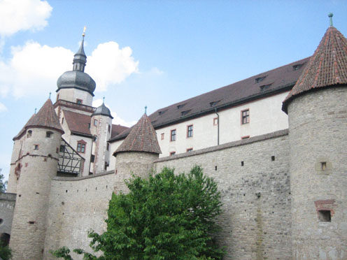 Die Festung Marienberg über Würzburg / Fotos: Burgerbe.de