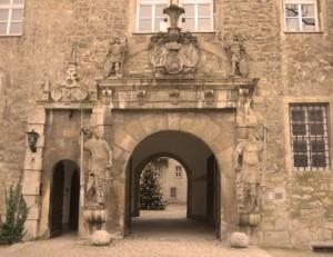 Schloss Wolfsburg: Das prächtige Portal