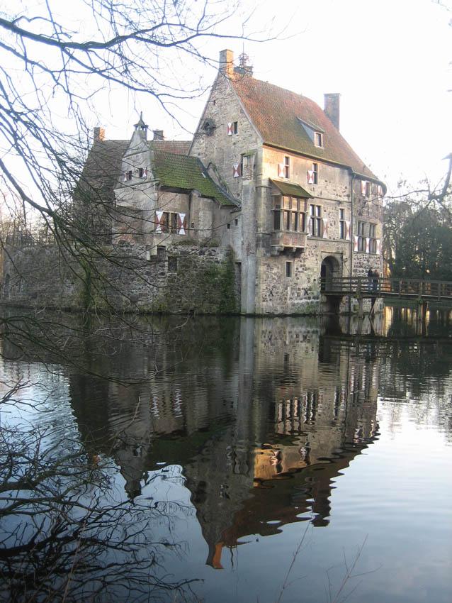 Burg Vischering ist ein malerisches Reiseziel / Foto: Burgerbe.de
