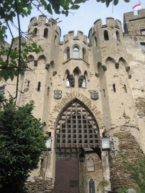 Portal der Burg Lahneck / Fotos: Burgerbe.de