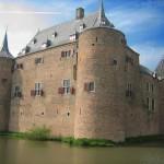 Schloss Ammersoyen: Vom Pfarrer beim Würfeln gewonnen