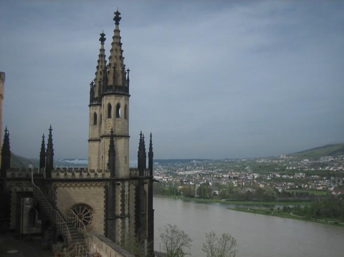 Blick von Schloss Stolzenfels auf den Rhein