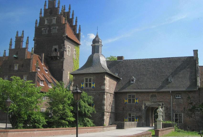 Schloss Heessen an der Lippe / Foto: Burgerbe.de