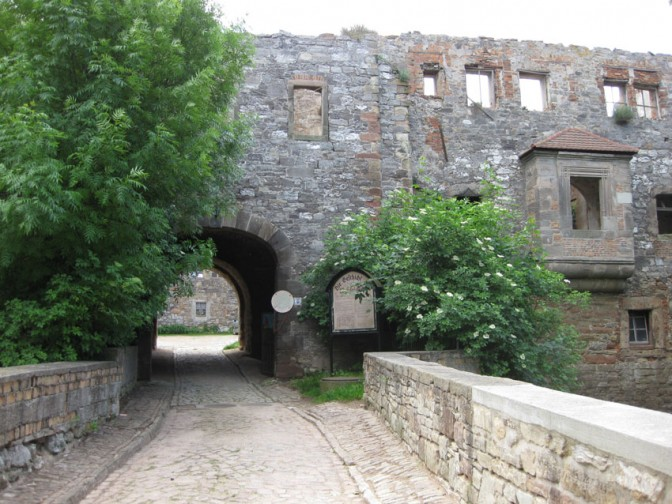 Die einst stolze Burg Wendelstein: Heute stehen nur noch Reste / Fotos: Burgerbe.de