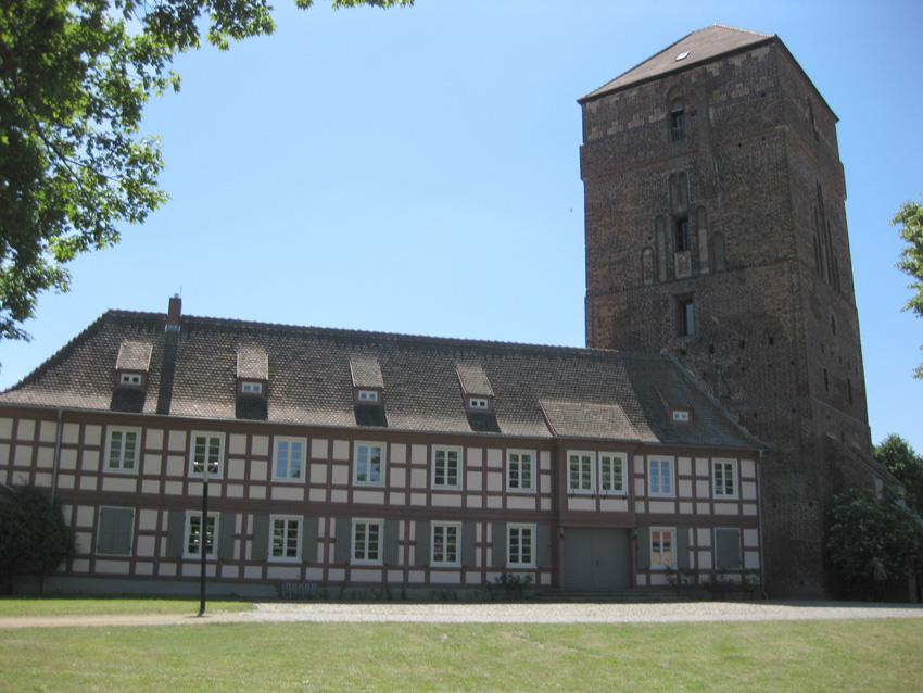 Im Turm der Burg Wittstock befindet sich das Museum des Dreißigjährigen Krieges / Fotos: Burgerbe.de