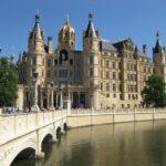 Schweriner Schloss: Großherzoglicher Luxus mit Seeblick