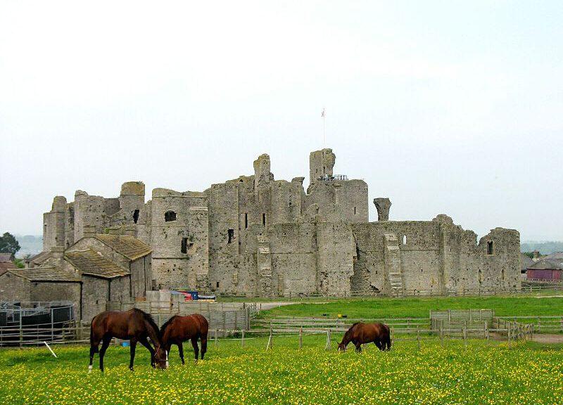 Castle Middleham: Hier spannte der junge Richard aus. Foto: Wikipedia/CJW