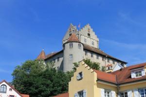 Die Burg Meersburg über Meersburg am Bodensee / Foto: Burgerbe.de