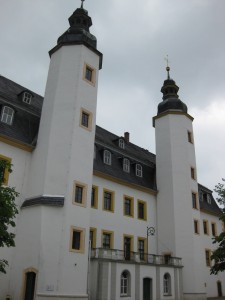 Die beiden repräsentativen Trepentürme des Schlossbaus