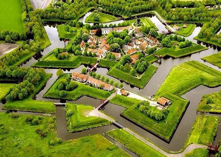 Luftaufnahme der Festung Bourtange/NL (Foto Wikipedia/NL:Gebruiker)