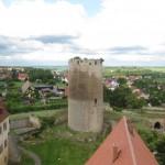 Burg Querfurt-Grabung: Zehn Skelette und Reste vom Luxusofen