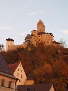 Burg Kipfenberg war für 5,7 Millionen Euro zu haben. Foto: Wkipedia/KBWEi
