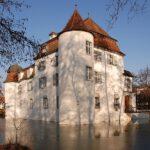 Schweizer Volksabstimmung verhindert Burgen-Verkauf