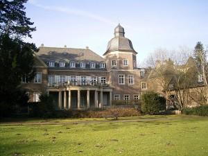 Stromberg-Drehort Schloss Garath bei Düsseldorf / Foto: Wikipedia/Frank Vincentz