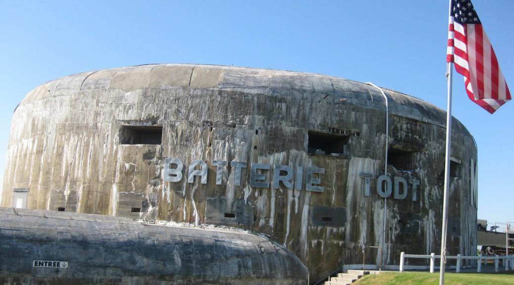 Rückseite des Geschützbunkers der Batterie Todt - heute ein Museum