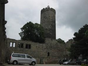 Der Burghof der Schönburg