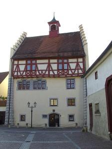 Das Schloss in Fridingen wurde  renoviert. Foto: Wikipedia/Roland Nonnenmacher, D-88287 Günkraut