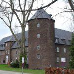 Brand auf Burg Winnenthal: Sieben Verletzte