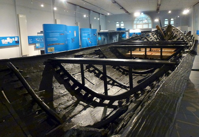 Blick ins Nydamboot / Foto: Wikipedia / Holger.Ellgaard / CC_BA-SA 4.0