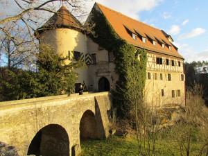 Westseite von Burg Rabenstein in der Fränkischen Schweiz / Foto: Wikipedia/Spackofatz