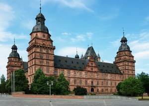 Schloss Johannisburg am Mainufer / Foto: Wikipedia/Thomas Zimmermann (THWZ)