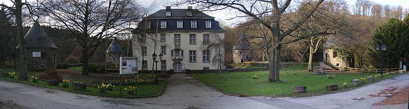 Schloss Hardenberg: In den Katakomben nisten Fledermäuse / Foto: Wikipedia/O. Glasmacher (Alterbergbau)