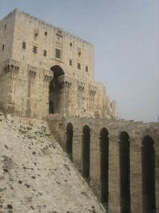Das Portal der Zitadelle von Aleppo