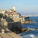 Welche Burgen liegen an der Côte d'Azur?