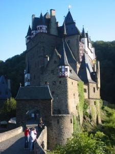 Burg Eltz: Eine der schönsten mittelalterlichen Burgen Deutschlands