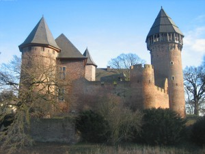 Burg Linn: Ab 2015 kein Geld mehr aus dem Denkmalschutz-Fördertopf des Landes