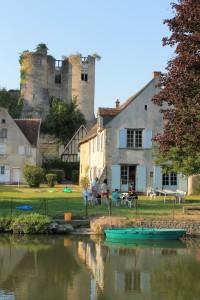 Abendstimmung an der Indre mit Blick aufs Chateau Montrésor
