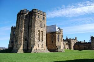 Alnwick Castle: Spielwiese für Harry-Potter-Doppelgänger / Foto: Wikipedia/James West
