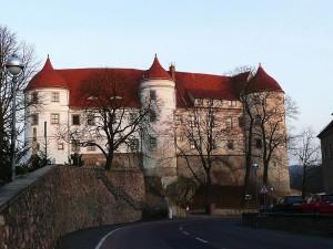 Der Westflügel von Schloss Nossen mit seinen charakteristischen Halbtürmen / Foto: Wikipedia/Nobert Kaiser