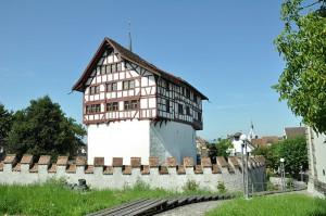 Die malerische Fachwerk-Burg Zug war bis Februar 2014 geschlossen / Foto: Wikipedia/Schulerst