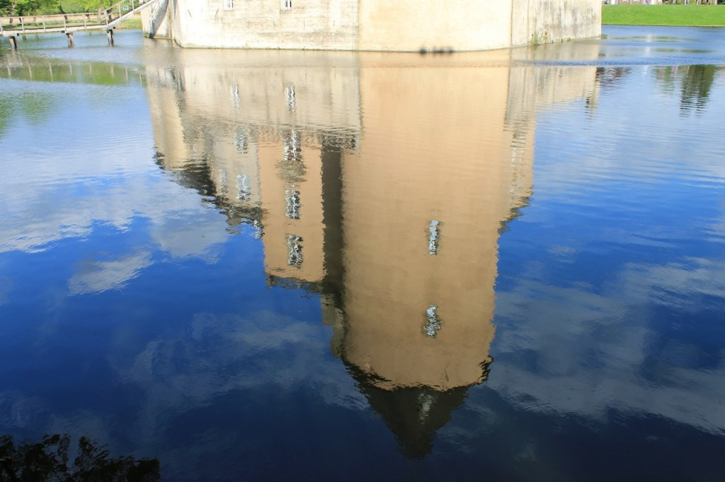 Burg Gemen: Schattenspiel in den Gräften