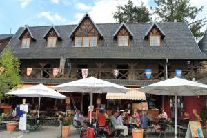 Der Innenhof von Burg Satzvey / Foto: Burgerbe.de