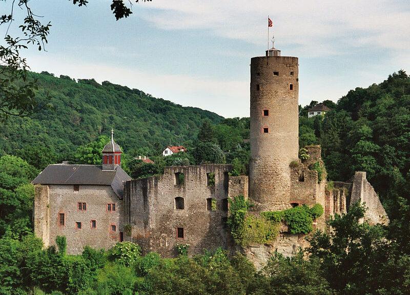 Burg Eppstein / Foto: Wikipedia/Johannes Robalotoff.