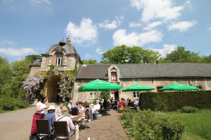 Seit dem Frühjahr gibt es auf dem Schlossgelände ein Café