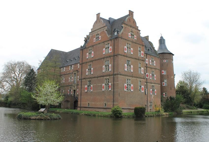 Schloss Bedburg: Einst Standort der Rheinischen Ritterakademie