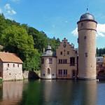 """""""Wirtshaus im Spessart"""": Lilo Pulver auf Schloss Mespelbrunn"""