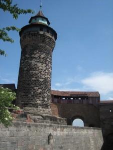Der Sinnwellturm: Nistplatz für Wanderfalken / Foto: Burgerbe.de
