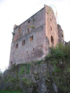 Die Ruine von Burg Hohengeroldseck im Schwarzwald / Foto: Wikipedia-ce