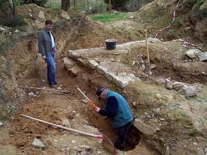 Ein Bild während der Ausgrabungsarbeiten / Foto: Wikipedia/Redqueenchamber