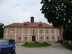 Versteigerung: Schloss Stamsried wechselte den Besitzer / Foto: Wikipedia/Schmid Marco, Thanried