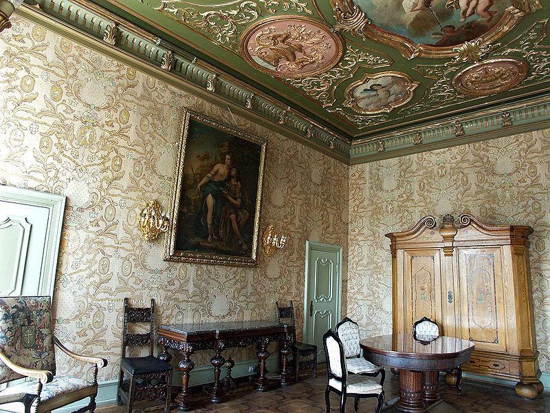 """Luxus für den """"Führer"""": Der Barocksaal von Schloss Fürstenstein / Foto: ikipedia/Reytan"""