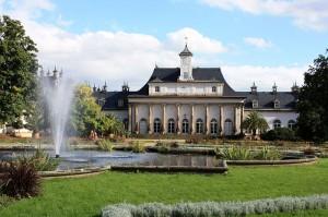 Schloss Pillnitz: Das neue Palais vor der Flut / Foto: Wikipedia/Renemann